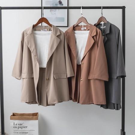 秋季 套裝小西裝 + 半身裙兩件式套裝  M - L small ki