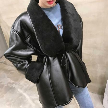 韓國新品皮毛一體羔羊毛皮革綁腰外套  small ki
