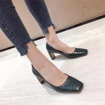 [現貨] 秋冬款低跟鱷魚皮壓紋皮革質感優雅方頭跟鞋 綠色38號  SMALL KI