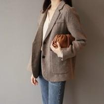 剪裁乾淨俐落寬鬆輕熟路線西裝外套  M-L SMALL KI