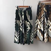 [現貨]春款幾何百褶裙寬鬆大版顯瘦高腰 綠