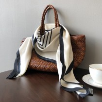 春季韓版領巾百搭薄款幾何圖案絲巾小方巾  90 X 90