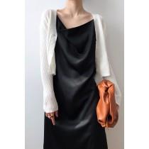 高級感垂領緞面連身吊帶洋裝  M L