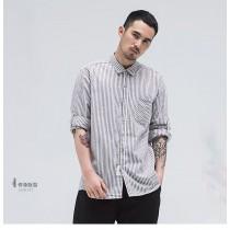 男士百搭胸袋斜紋設計紋路襯衫  M-5XL  SMALL KI