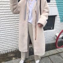 韓國減齡穿著長版假兩件連帽羔羊毛大衣   small ki